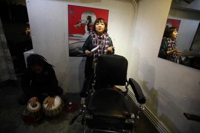 Hirokazu Suyama Jackson and Yuri Kageyamat at a poetry reading in Tokyo