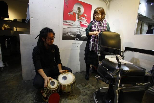 Yuri Kageyama and Hirokazu Suyama Jackson at a Poetry reading in Tokyo